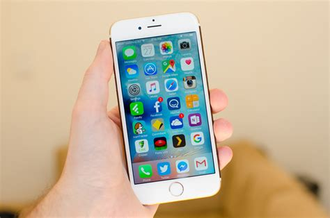apple iphone update another ios update reportedly disables the iphone s alarm