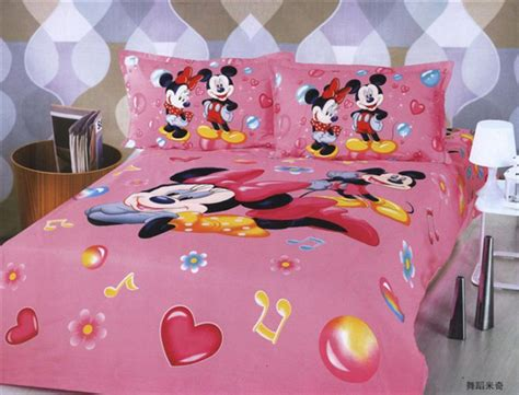 Fast Shipping Kids Bedding Set Minnie Mouse Christmas Gift
