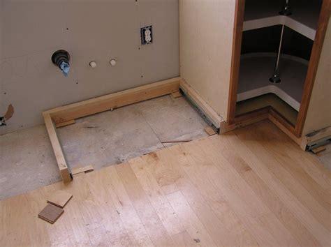 on kitchen cabinets kick plate for kitchen cabinets kitchen design ideas 5049
