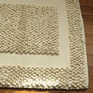 tapis bain beige epais tissage artisanal effet massant With tapis de bain beige