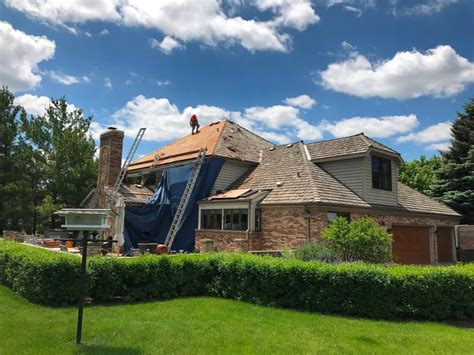Selling Your Home? Essential Home Exterior Upgrades For