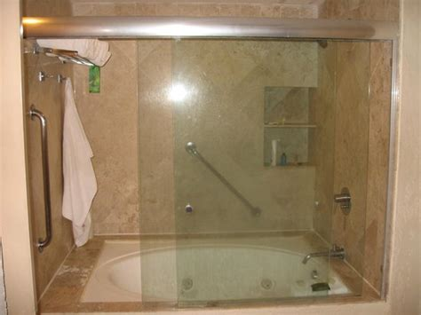 large tub shower combo next to restaurant picture of americana 6821