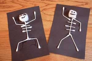 easy halloween craft project spooky skeletons marin mommies