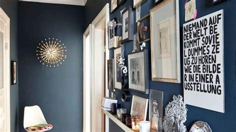 comment tapisser une chambre déco couloir peinture couleur rangements côté maison