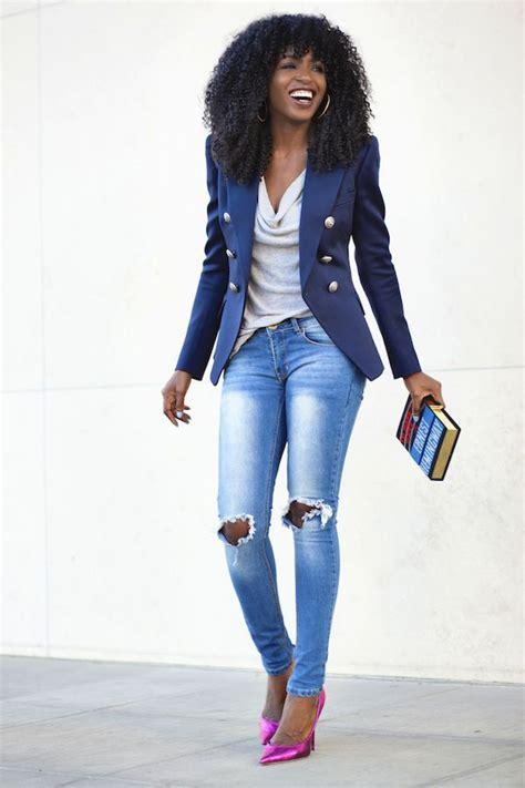 Womenu0026#39;s Blue Blazer Grey Sleeveless Top Light Blue Ripped Skinny Jeans Hot Pink Leather Pumps ...