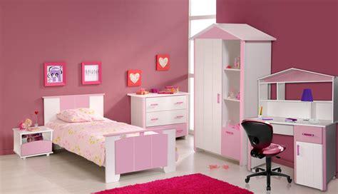 chaise pour chambre chaise pour chambre a coucher maison design modanes com