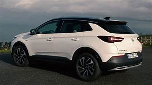 Opel Grand Land X : opel grandland x ultimate design in pearl white youtube ~ Medecine-chirurgie-esthetiques.com Avis de Voitures