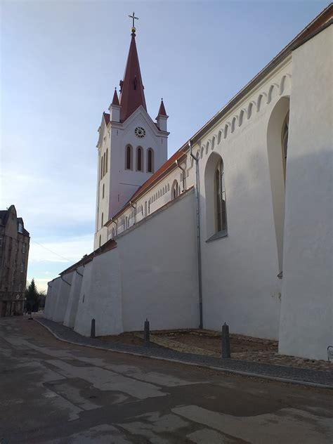 Mantojums | Jāņa baznīcas viduslaiku kapsēta