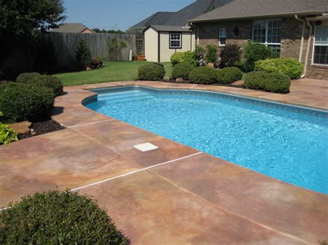 best pool decking the resurface pool deck doherty house how to resurface pool deck