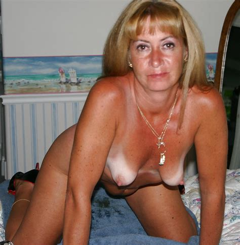 Frckmatsag15d In Gallery Mix Of Freckled Mature Saggy