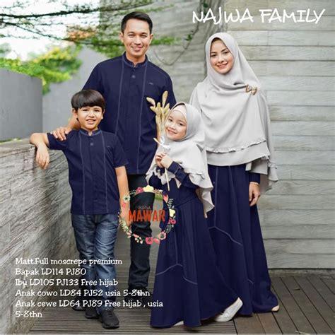 Home › gamis brokat terbaru › baju couple kondangan 2020 raswa. Couple batik sarimbit keluarga, couple batik simple, batik couple shopee, batik simple, couple ...