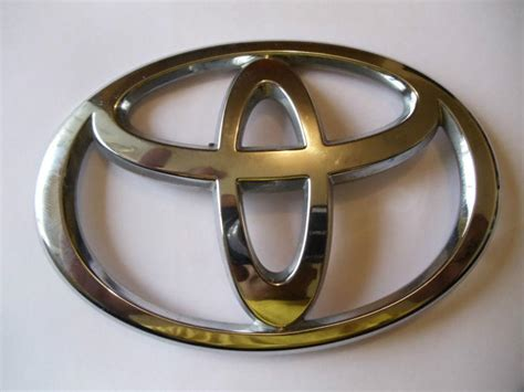sell 2011 toyota rav4 toyota emblem symbol used motorcycle in freeport new york