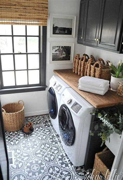 25 best ideas about small laundry rooms on
