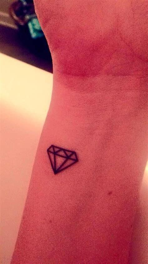 temporary tattoo  small diamonds alpha delta pi