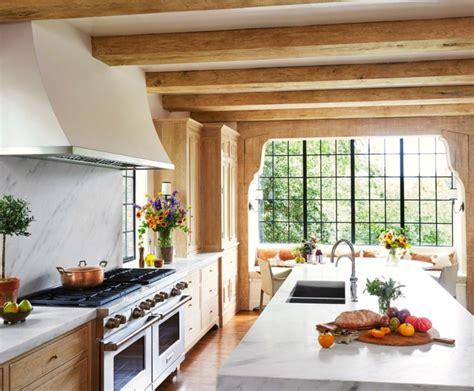 Декор кухни  80 фото вариантов как идеально украсить кухню