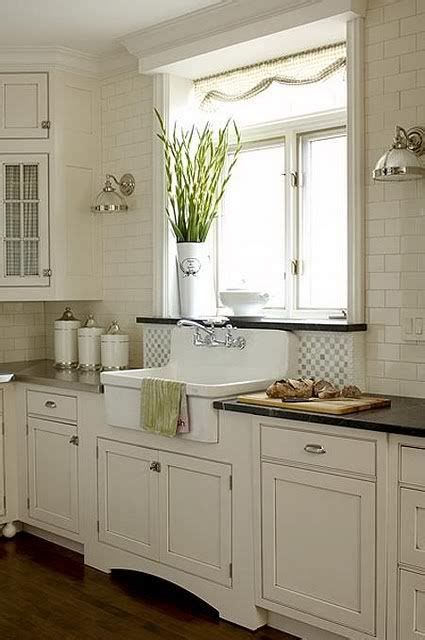 tiles in the kitchen best 25 colored kitchens ideas on 6232