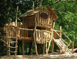 Gartenhaus Auf Stelzen : abenteuerspielplatz baumhaus baumhaus kinder baumhaus ~ A.2002-acura-tl-radio.info Haus und Dekorationen