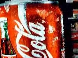 2 women on coca-cola - YouTube