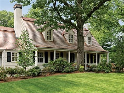www car porch l com especially the steep roof l shaped house dormers above garage front porch columns for