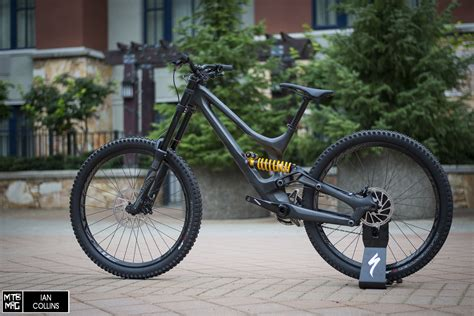La Nuova Specialized Demo Carbon 2015