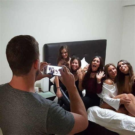 With Instagram - boyfriends of instagram frauen posen m 228 nner
