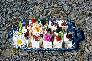 Petit Fours Hochzeit : von petits fours und der hingabe herzlichen gl ckwunsch m mme herzlich fraubpunkt ~ Orissabook.com Haus und Dekorationen