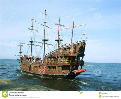 Summer Pirate Cruise Ship Stock Image. Image Of Detail - 16084861