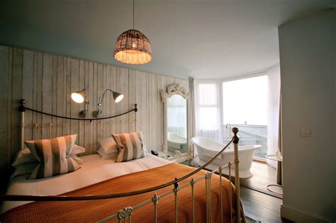 bay watergate hotel sound waking accompanied feelings truly sight treat same then special
