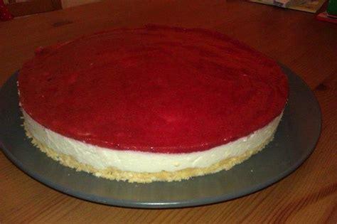 80 philadelphia torte rezept e philadelphia torte mit erdbeerspiegel rezept kochbar de