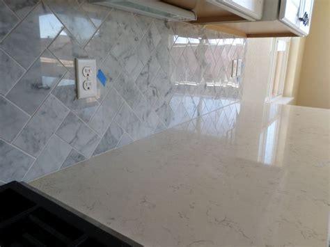 Emser Bianco Gioia Marble Herringbone Pattern   Kitchen