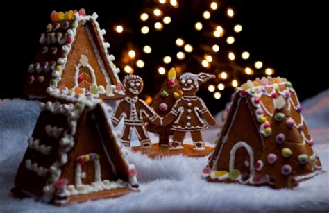 Wallpaper Gingerbread House by Gingerbread Other Entertainment Background