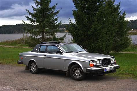 Volvo 262 Coupe Bertone.jpg