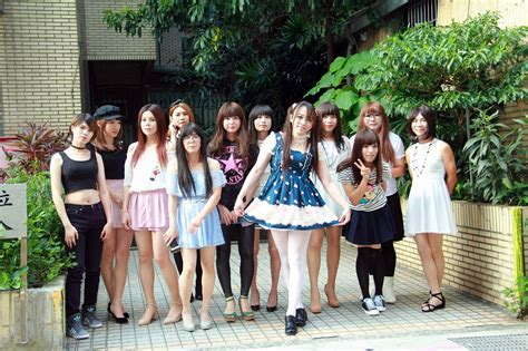 Groups Asian Crossdressers Hottest