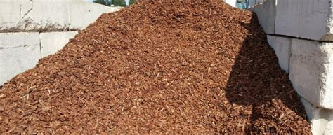what type of mulch should i use what type of mulch should i use for my landscaping slo landscapers