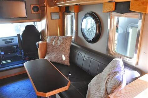 rvs freightliner toterhome  sale  sale  owner
