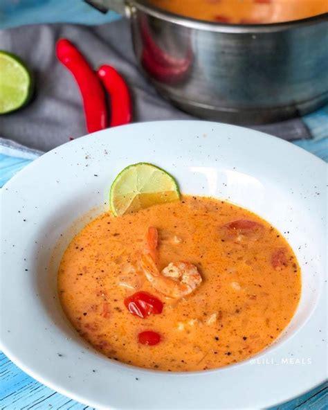Tomātu zupa ar kokosa pienu un garnelēm - INSTA receptes ...