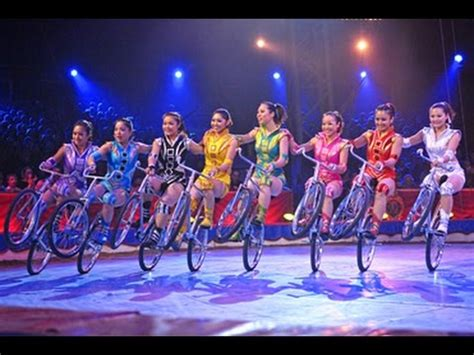 Amazing Cycle Stunts Act By Females Girls In Rambo Circus