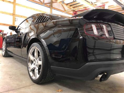 supercharged  mustang gt   ford mustangs