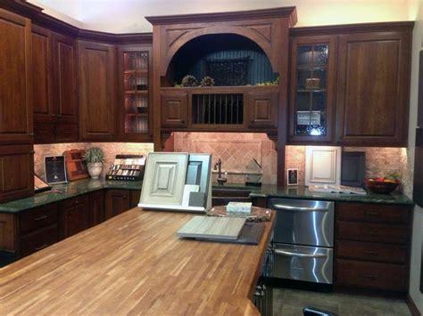 kitchen cabinet doors denver 19 best denver kitchen cabinet showrooms images on 5329