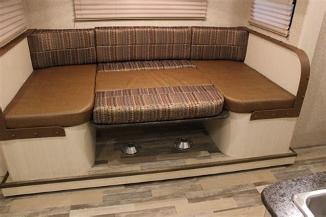 minnie interior features winnebago rvs
