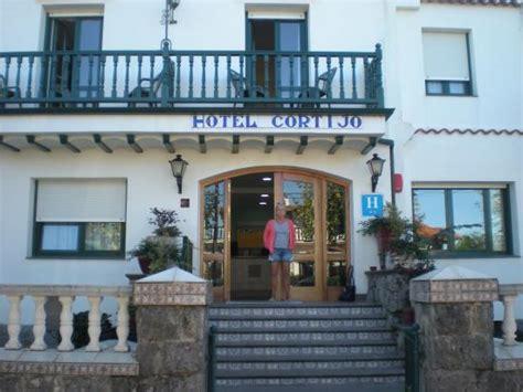 Hotel Cortijo (laredo, Espagne)  Voir Les Tarifs, 5 Avis. The Palm Seychelles Residence. Grand Eastern Hotel. Sun Valley Residence. Giraglia Port Grimaud Hotel. Hotel Gasthof Zum Lowen. Nikko Hotel Hanoi. ATA Hotel Concord. Parkhotel Idar Oberstein