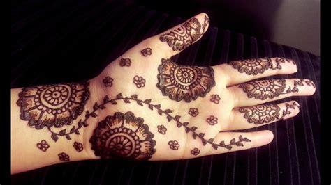 arabic floral henna simple pretty mehendi design