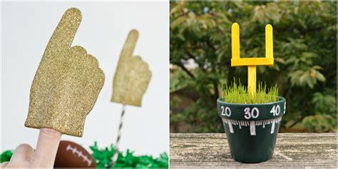 15 bowl crafts bowl themed diy ideas 802 | 1453233185 football crafts