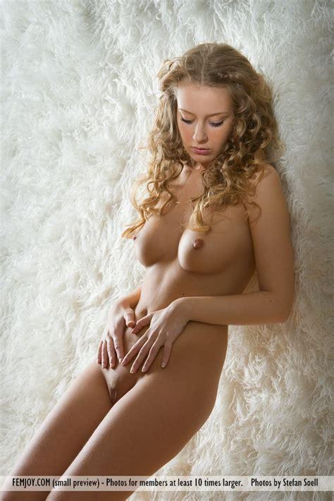 euro babes db hot german girl stripping