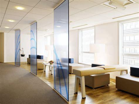 bureau bouroullec bureaux en open space plus de fantaisie cartons pleins