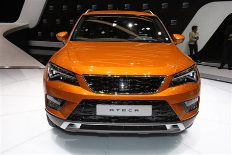 seat ateca 2016 custom kahn land rover defender 110 makes impressive debut