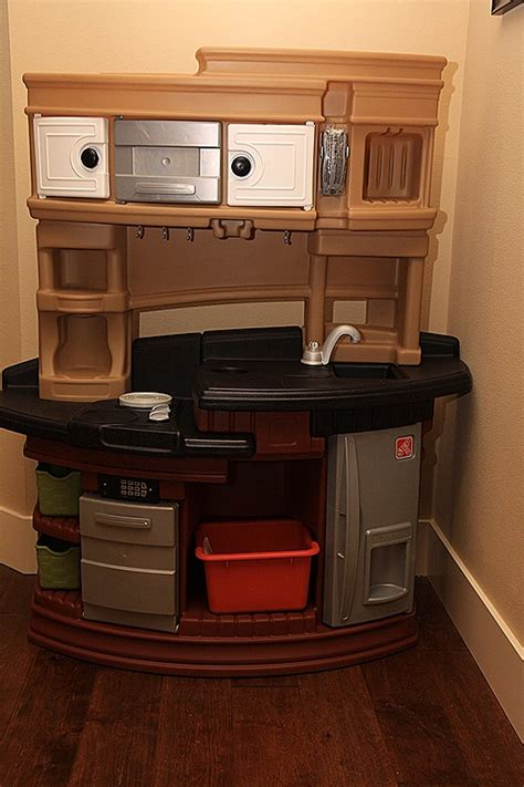 step 2 play sink step2 lifestyle legacy play kitchen set review momstart