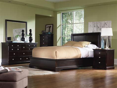 georgetown  piece king bedroom set dark merlot levin