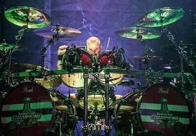 pearl drums artist news ft mike wengren mike mangini  eman cervantes