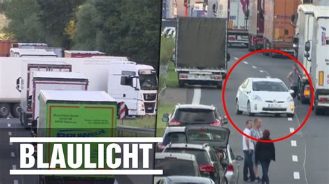 A10 Geisterfahrer Blockieren Rettungsgasse by Wenden Auf Der Autobahn Stau Dann Ab Durch
